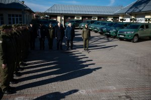 Polish Border Guard received 23 Toyota Hilux vehicles with thermal electro-optical systems (photo: website Ministerstwo Spraw Wewnętrznych i Administracji)